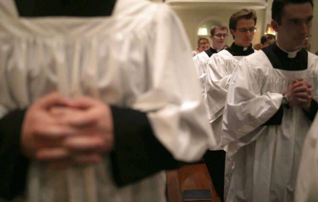 Omosessualità e vocazione: una sfida doppia?